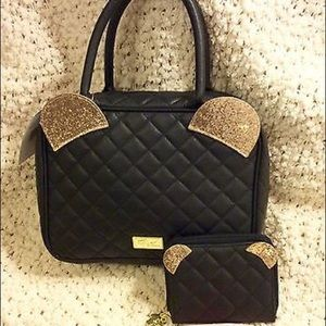 BETSEY JOHNSON BLACK QUILTED WEEKENDER BAG/WALLET